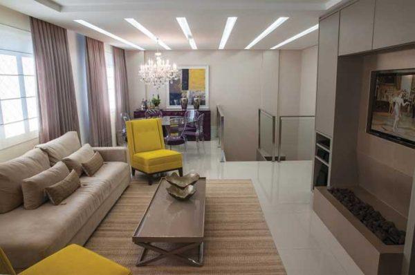 LED simples é uma boa opção de iluminação para quem deseja ambientes mais sóbrios.
